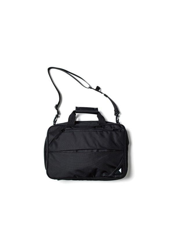 # 日本新銳包袋品牌 NUNC 新作登場:機能美學之最 9