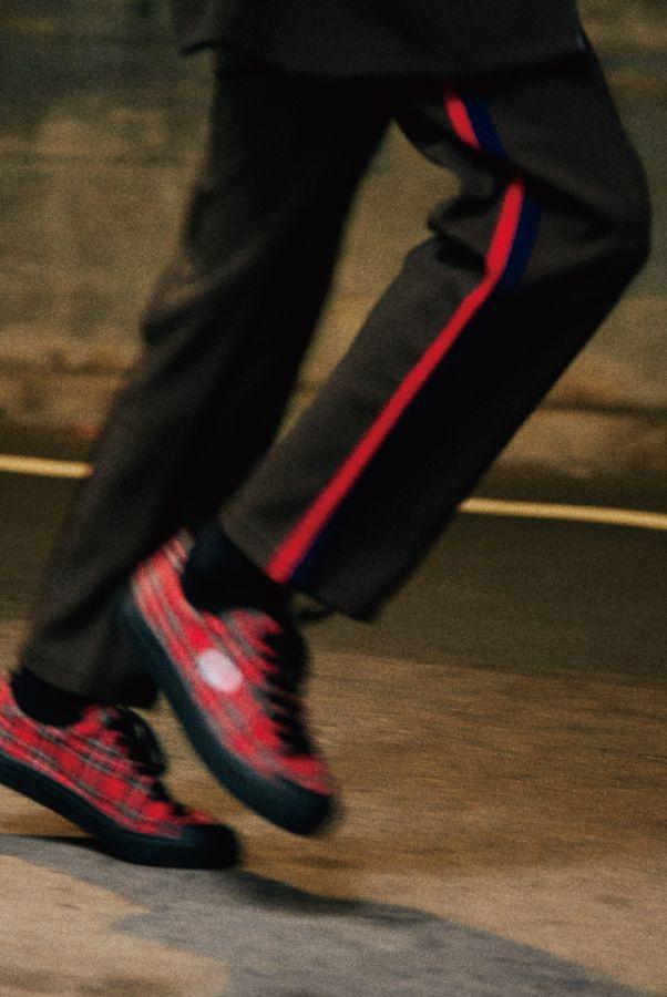 # 英倫品牌 Fred Perry 攜手知名鞋鋪 Billy's ENT:聯名系列將發售 6