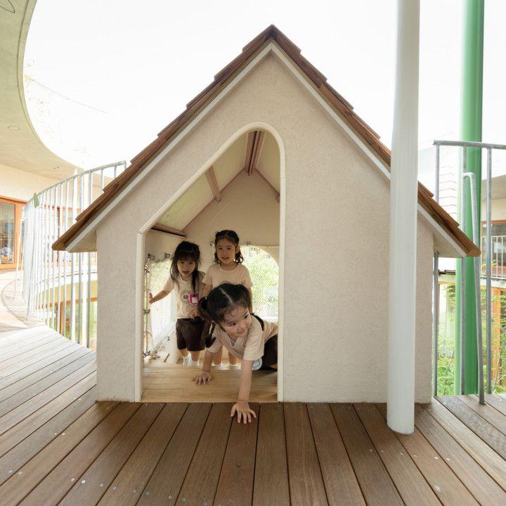 # 宛如童話風格的迷你運動場:日本東京的友の季ひまわり幼稚園 18
