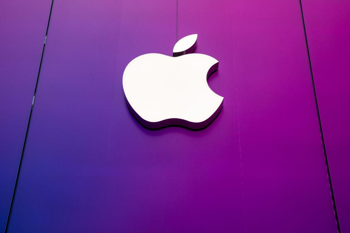 # 霓虹色的蘋果:Apple Store 澀谷店終於盼來重新開幕! 2