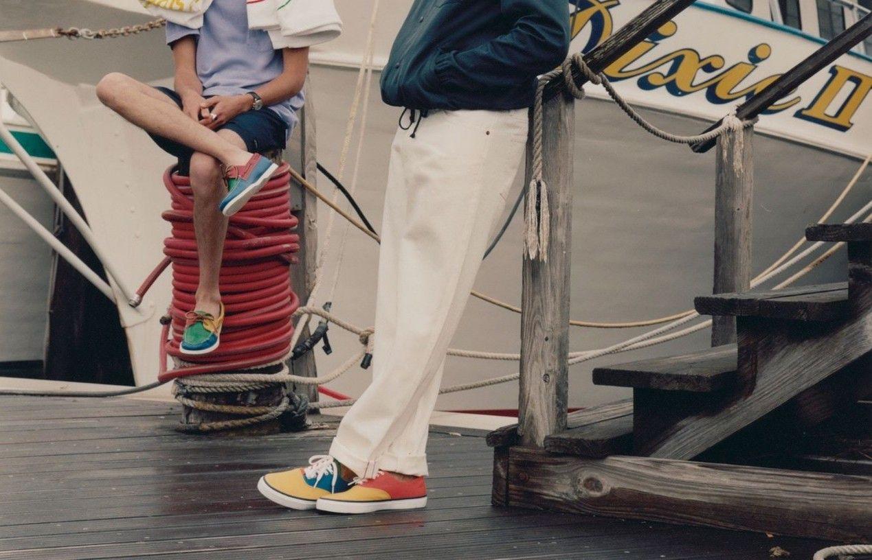 # In Your Shoes 017:單一太無聊,異樣才夠看!盤點近期火紅的「拼接」鞋款 11