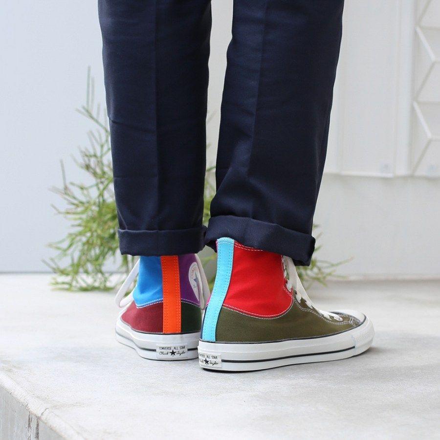 # In Your Shoes 017:單一太無聊,異樣才夠看!盤點近期火紅的「拼接」鞋款 9