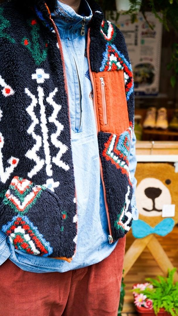 # Shop Staff Snap:溫差好幫手,善用背心打造冬季層次穿搭 6