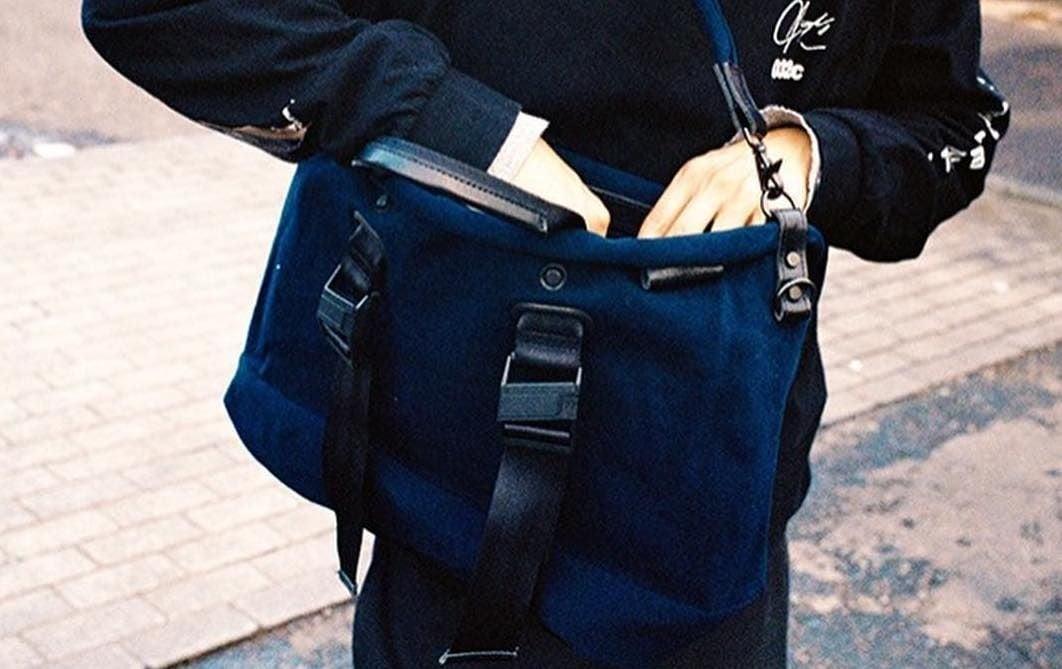 # Bag Yourself 018:到了秋冬想用麂皮包袋卻怕下雨天麻煩嗎?不用擔心,這幾個品牌都幫你顧好了! 1