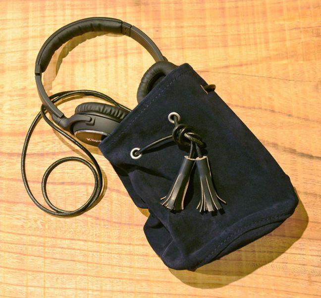 # Bag Yourself 018:到了秋冬想用麂皮包袋卻怕下雨天麻煩嗎?不用擔心,這幾個品牌都幫你顧好了! 10