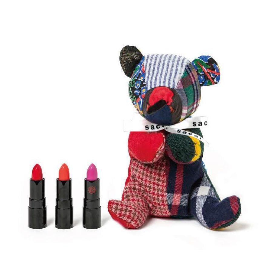 # SACAI × 資生堂:聯名系列登場,拼布小熊化妝袋超吸睛! 4