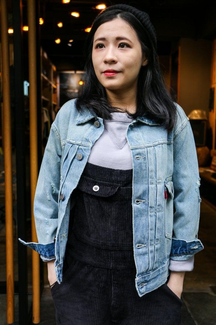 # Shop Staff Snap:穿上燈芯絨吊帶褲,一展女子工裝系輪廓! 8