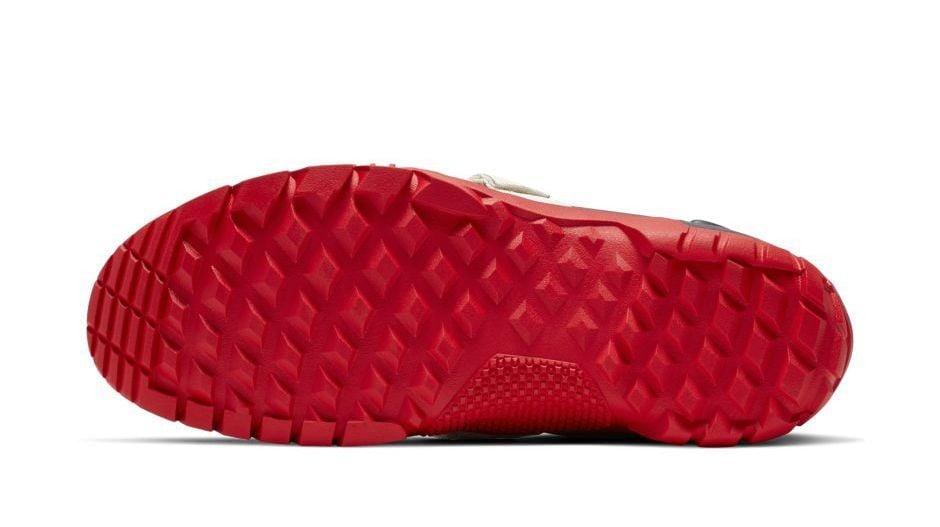 # 高橋盾這次來硬的:UNDERCOVER × NIKE SFB MOUNTAIN  聯名靴款即將發售 15