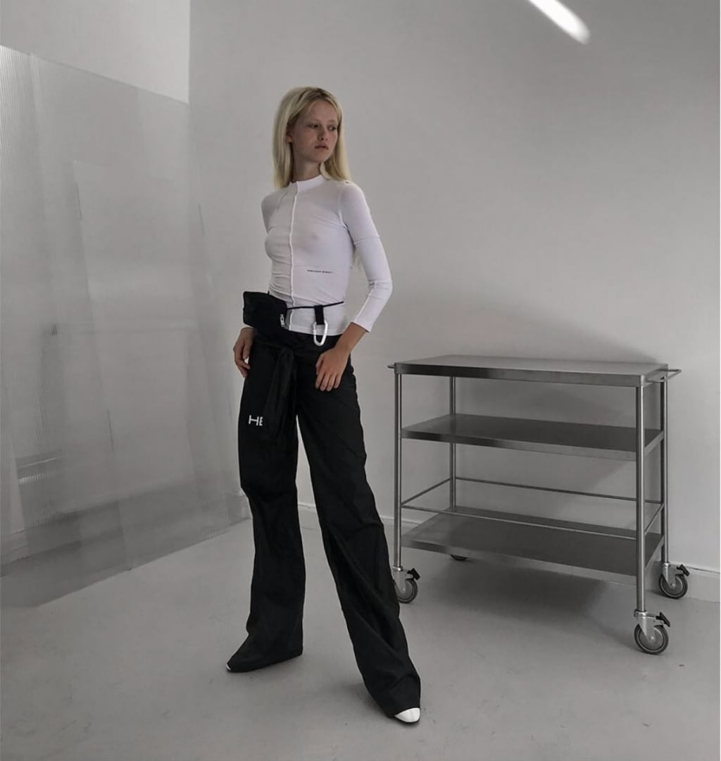 # HELIOT EMIL:以磁力機能褲裝揭開 2020SS 的序幕 4