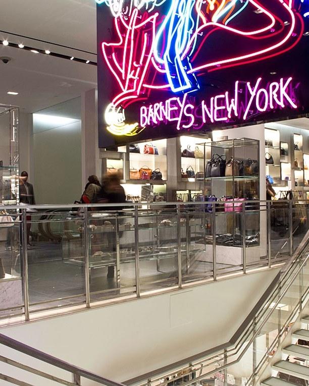 # Barneys New York:即將退場的一代奢侈品百貨傳奇 3