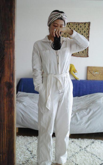 (Style-1) 我非常喜歡這種連身衣也有很多件,一週大概有兩天會穿到呢。這件就是 我在巴黎出差時挖到的寶,是非常完美的全白色,純棉材質的工裝 Style 當然也不能缺少我頭上的頭飾囉!