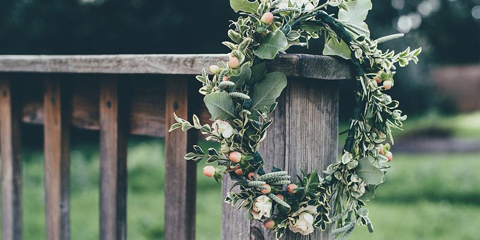 5 Easy DIY Flower Crown Tutorials