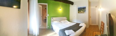 Chambre-N°-8-Hotel-Le-Chalet-Ax-les-Thermes