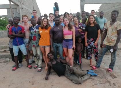 L'équipe, les ouvriers et les membres de l'asso locale !