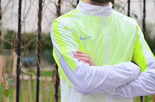 test revolution jacket Nike 4
