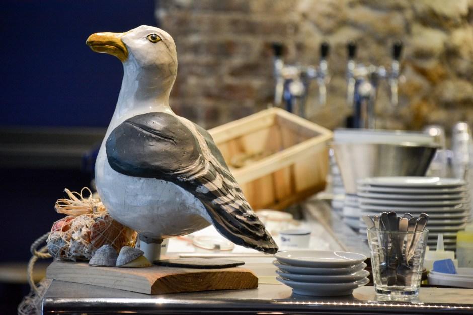 la-marée-jeanne-brasserie-poissons-restaurant-paris-by-le-polyedre_4