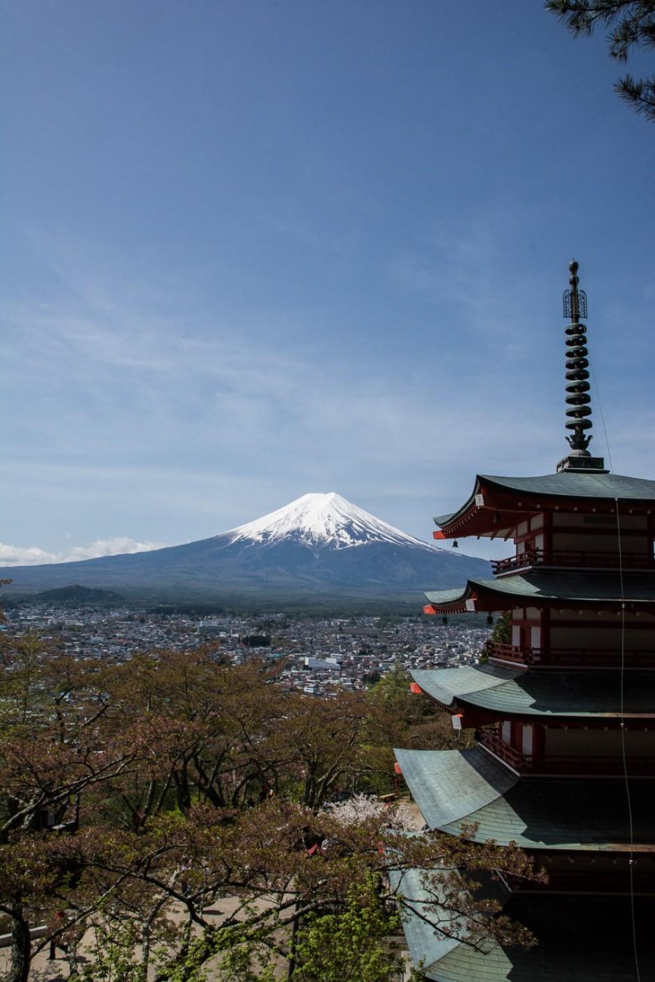 La Chureito Pagoda à Fujiyoshida avec vue sur le mont Fuji, tout près de Tokyo