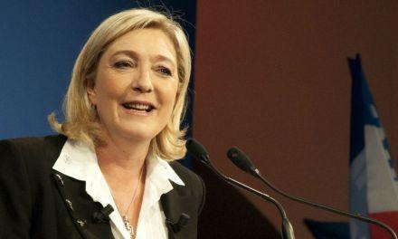Marine Le Pen veut taxer les contrats d'employés étrangers
