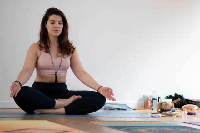 cours de yoga de Marion Buiatti Massin au 8 Petion espace à louer à Paris 11