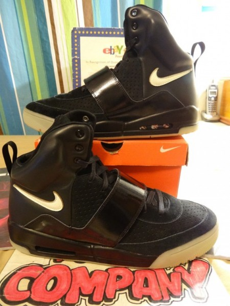 Nike-Air-Yeezy-Sample-Black-White-06-570x760