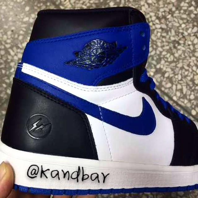 gragment-design-air-jordan-i-1-black-blue-02