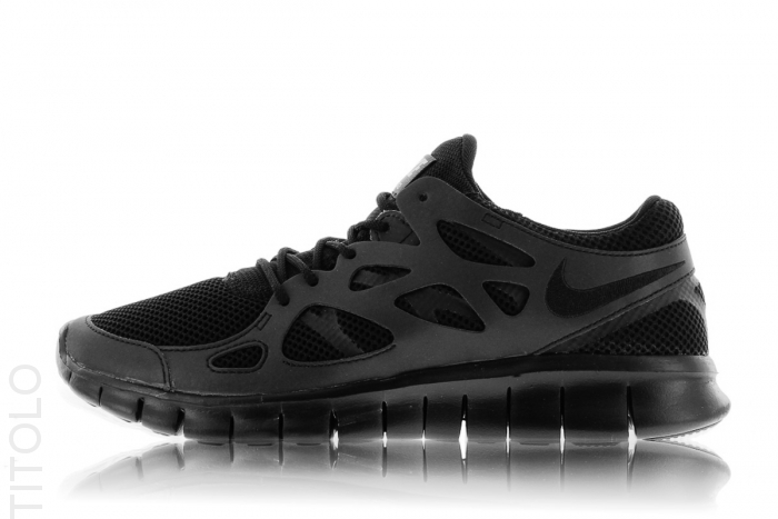 nike-free-run-2-triple-black-3