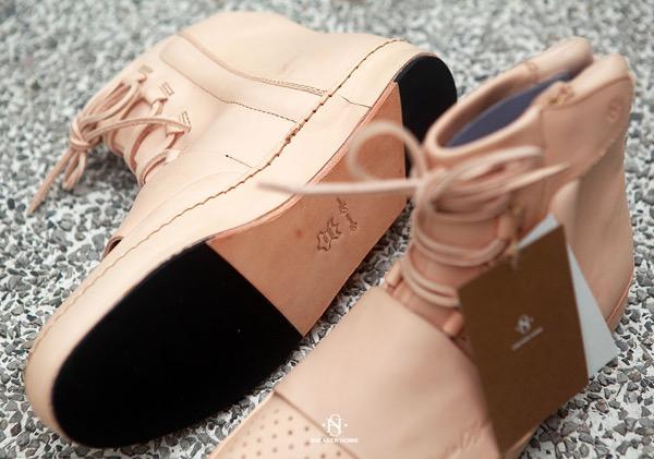 sneaker-homie-adidas-yeezy-boost-750-tan-leather-2