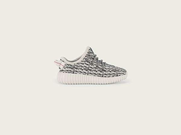 STILLS_YEEZY350_INFANT_PR_W2