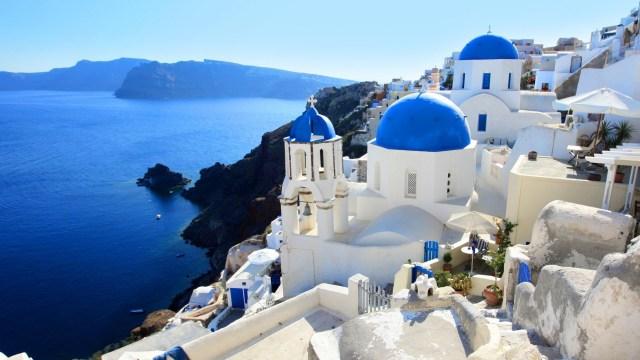 Explore Santorini