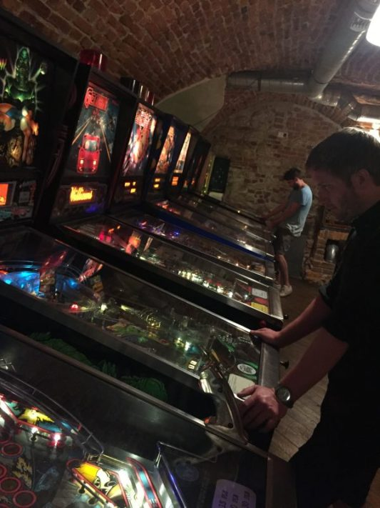 Chmiel beer pub pinball