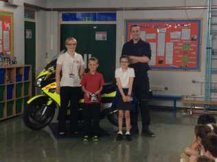 Blood bike presentation to Years 3 to 6
