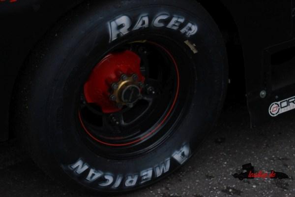 Reifen eines Latemodels - Wird bald in Deutschland Gummi auf Ovalen verschlissen? © André Wiegold