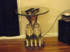 End table close-up