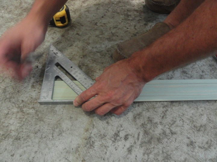 DIY easy mirror frame project baseboard measure speed square