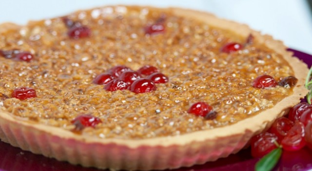 Hazelnut-and-almond-tart-Photo-by-James-Bianchi-640x351