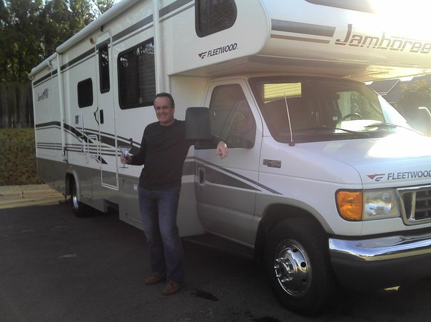 Rental RV and driver James Nyfeler for Bandera 100K