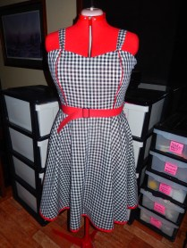 01 gingham + red F