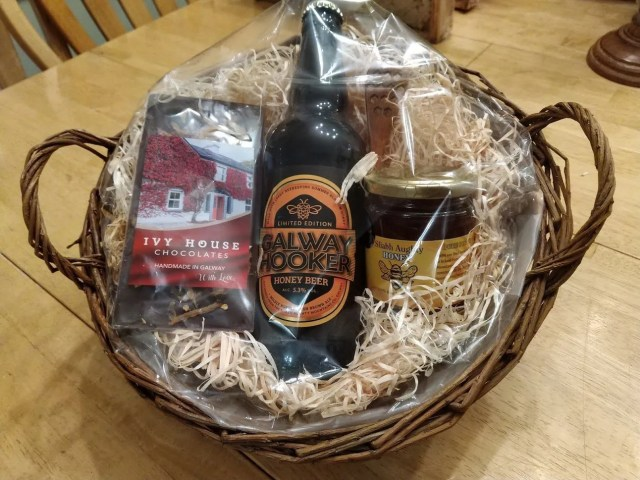 Collaboration Hampers