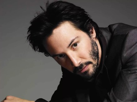 Watch Online    Keanu Reeves Naked — The NSFW Pic & Video Collection