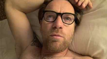 Watch Online |  Ewan McGregor Nude — Penis Scenes & Full Frontal Nudity