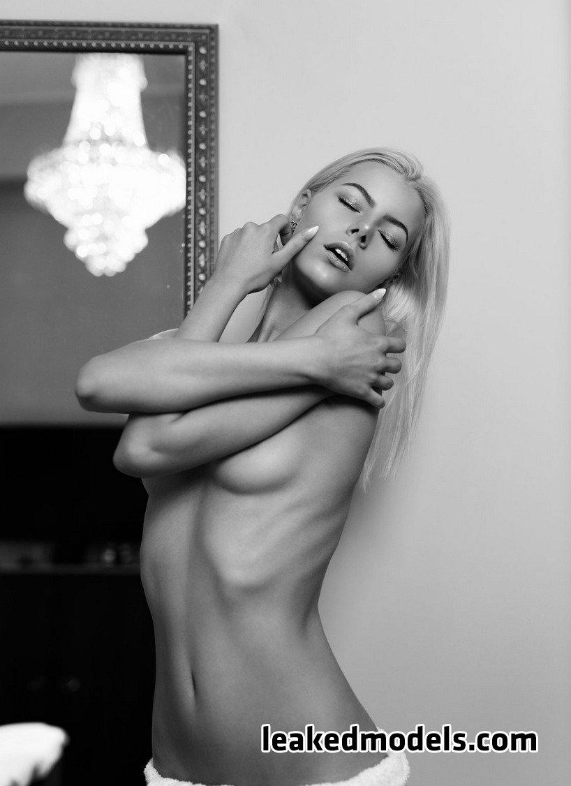 honeybabesugarpiie killeryina leaked nude leakedmodels.com 0014 - Viktoria – Honeybabesugarpiie killeryina OnlyFans Nude Leaks (30 Photos)