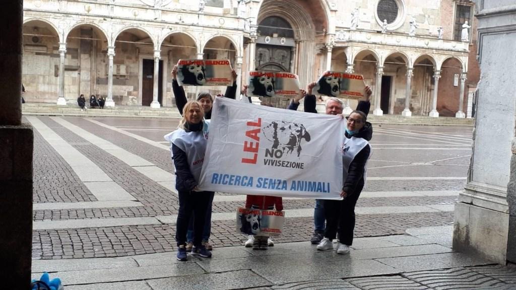 flash mob leal no vivisezione