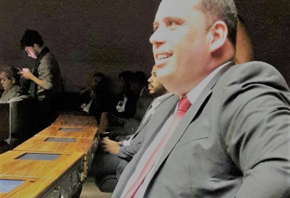 Sistema Político Brasileiro – por que mudar?