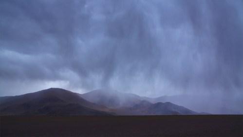 Lluvia y montañas