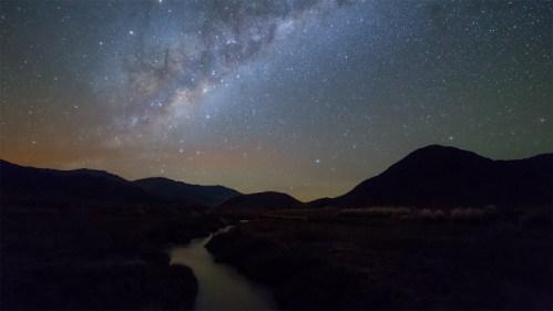 Riachuelo y Vía Láctea