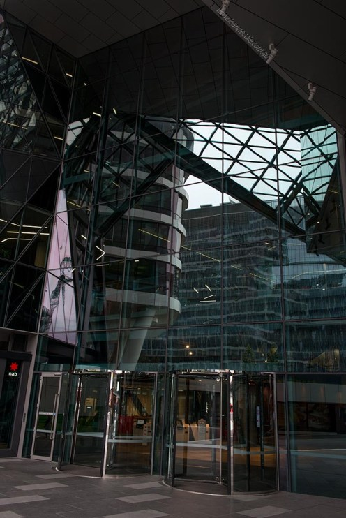 buildings-docklands-Melbourne-entrance