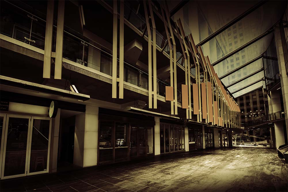 arcade-city-empty-melbourne-leannecole