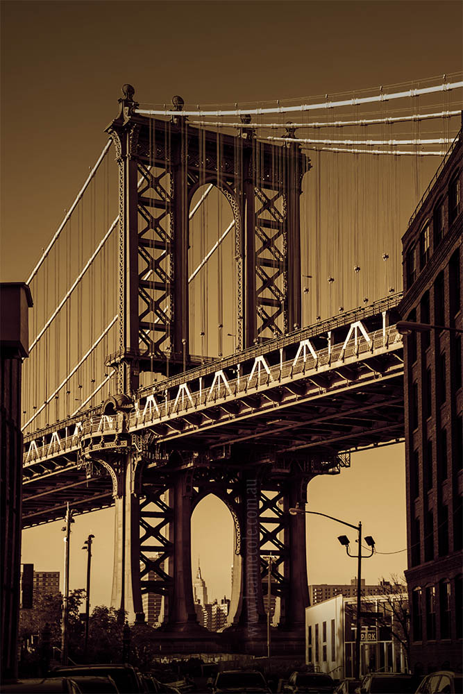 manhattan-bridge-newyork-monochrome-brooklyn