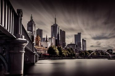 melbourne-summer-clouds-yarrariver-still-2