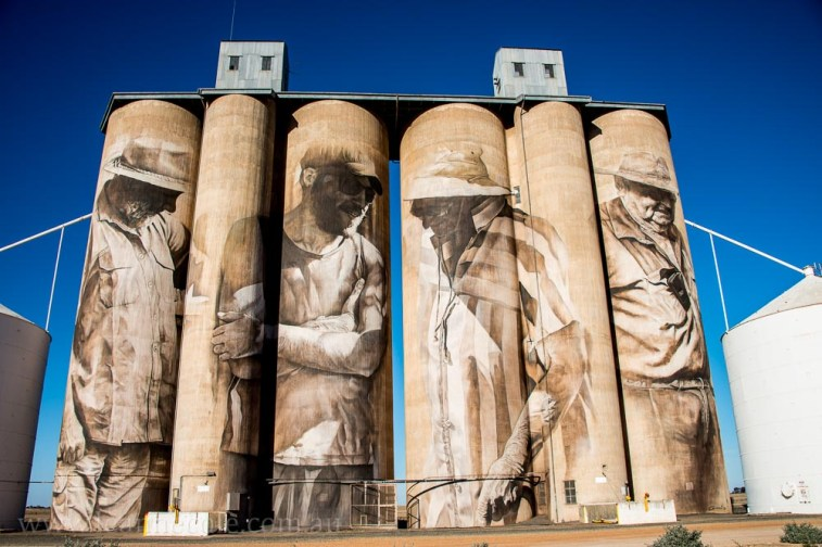 brim-silos-paintings-victoria-yarriambiack-3004